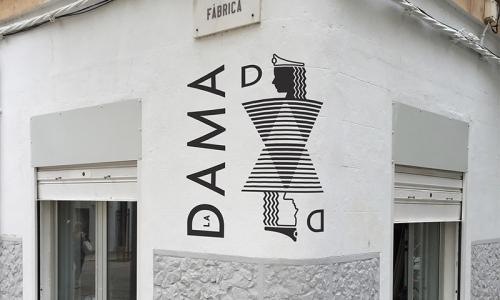 la_dama-de_ella_lesbian_bar-facade-01-01